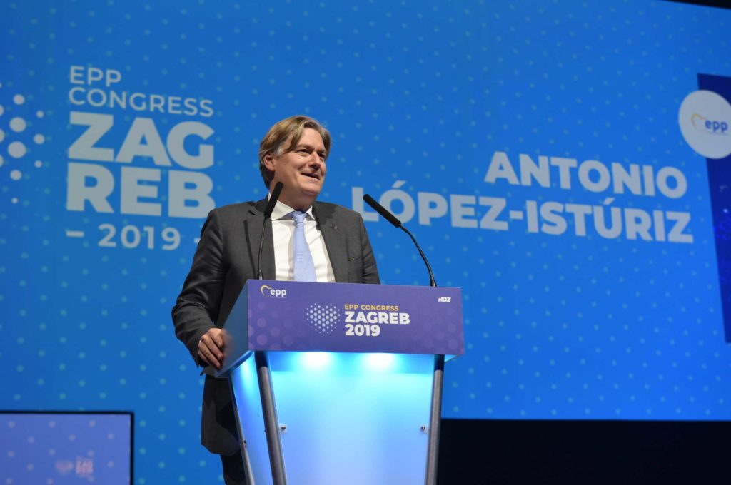 Speaking-at-Zagreb-Congress